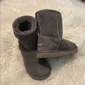 Kids classic short UGG boots